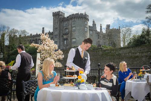Outdoor Afternoon Tea on The Terrace @ The Kilkenny Rivercourt Hotel © David Cantwell Photography