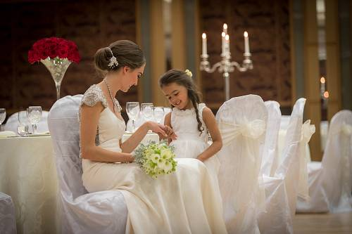 Bride @ Flower Girl @ The Shearwter Hotel © David Cantwell Photography