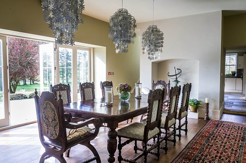 B&B Dining Room - Interiors Photographer © David Cantwell Photography