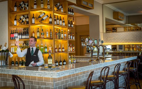 The Gaslight Bar & Brasserie @ The Meyrick Hotel © David Cantwell Photography