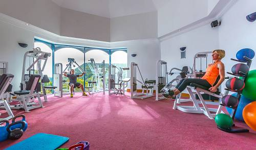 Gym @ Glenview Hotel Leisure Centre © David Cantwell Photography