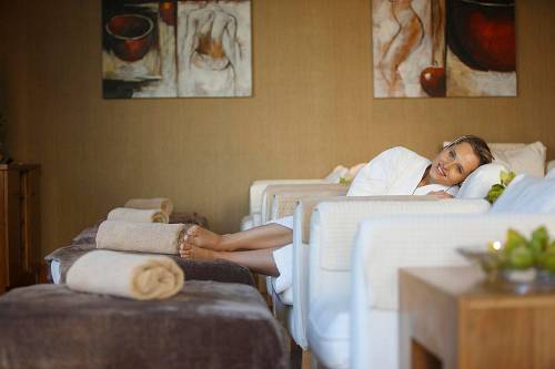 Guest In the Relaxation Area @ Lyrath Hotel Spa © David Cantwell Photography