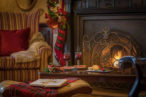 Christmas Drinks By the Fireside @ The Slieve Russell Hotel  © David Cantwell Photography