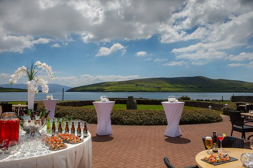 Outdoor Wedding Breakout Area @ Dingle Skellig hotel © David Cantwell Photography