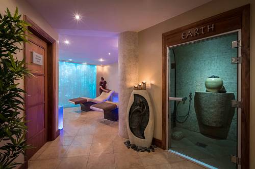The Hydro Suite @ The Royal Marine Hotel Spa © David Cantwell Photography