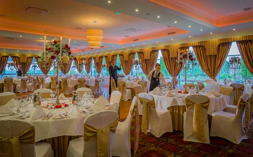 Wedding Banquet @ The Dromoland Inn Hotel © David Cantwell Photography