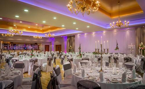 Wedding Banquet @ Lough Rea Hotel © David Cantwell Photography
